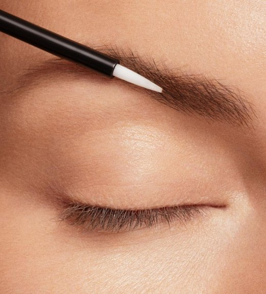 Thick beautiful Eyebrows with GrandeBROW Brow Enhancing Serum